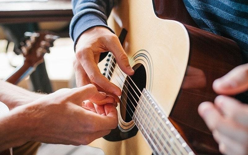 Máster Suzuki guitarra Esmar